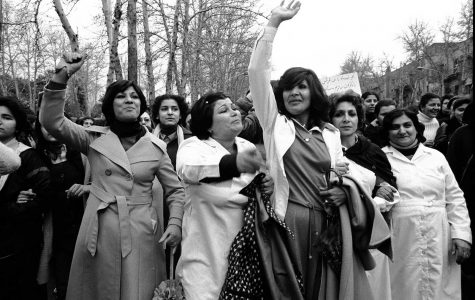 https://rarehistoricalphotos.com/women-protesting-hijab-1979/