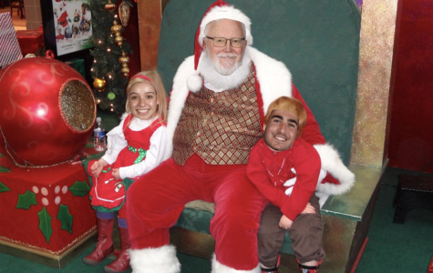 Eyewitness Confirms That Mr. Martin is a Mall Santa